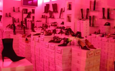 2 octobre 2002, rue Montorgueil – Chaussures